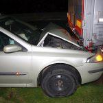 Auto-Fahrer schläft am Steuer ein und wird schwer verletzt