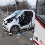 Zustand kritisch: Frau in Erfurt notoperiert, Kind schwer verletzt