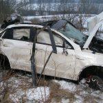 Mit Sommerreifen unterwegs: Hochwertigen Benz geschrottet