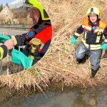 Gewässerverunreinigung in Bad Berka - Feuerwehr nimmt Probe