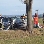 Mutti und Kleinkind bei Unfall im Saale-Orla-Kreis schwer verletzt