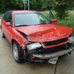 Zu schnell: Unfall auf regennasser Fahrbahn bei Hermsdorf