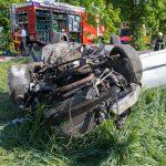 Auto rasiert Baum um: Schwerer Unfall im Ilm-Kreis
