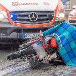 Frau umgefahren: Unfall mit geklautem Motorrad und geflüchtet