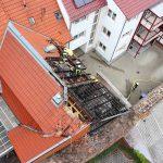 Gebäudebrand in eng bebauter Innenstadt von Heiligenstadt