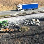 Längere Vollsperrung der A38 Richtung Leipzig nach LKW-Unfall