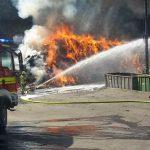 Brand auf dem Gelände einer Entsorgungsfirma in Langewiesen