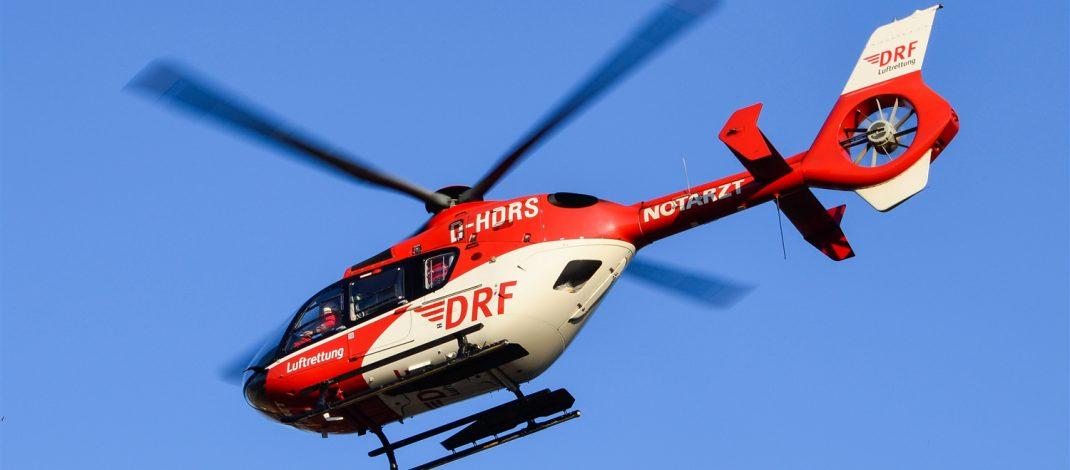 Von Windböe erfasst: Motorradfahrerin im Ilm-Kreis schwer verletzt