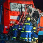 Intercity kracht in Laster aus Thüringen - Fahrer sofort tot