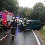 Von der Fahrbahn abkommen: Zwei Menschen bei Greiz verletzt
