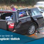 Auf Standstreifen überholt: Fahrer auf A38 eingeklemmt und verstorben