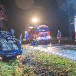 Van überschlägt sich bei Mellingen - Fahrer schwer verletzt