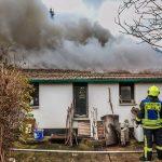 Feuerwehr findet leblose Person bei Brand in Gera