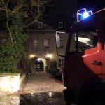 Feuerwehr muss Zimmerbrand auf Schloss Tonndorf löschen