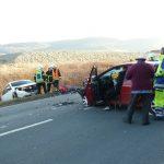 In Gegenverkehr gefahren: Zwei Fahrzeuge frontal in Jena zusammengestoßen