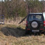 Kontrolle entzogen: Täter flüchtet auf Feldwegen bei Weimar - Fahrzeug war gestohlen