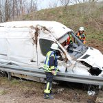 Von A38 abgekommen: Transporter verunfallt zwischen Heiligenstadt und Arenshausen