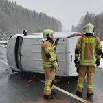 Aus Auto gezerrt: Transporter bei Steinach geklaut und dann Unfall gebaut