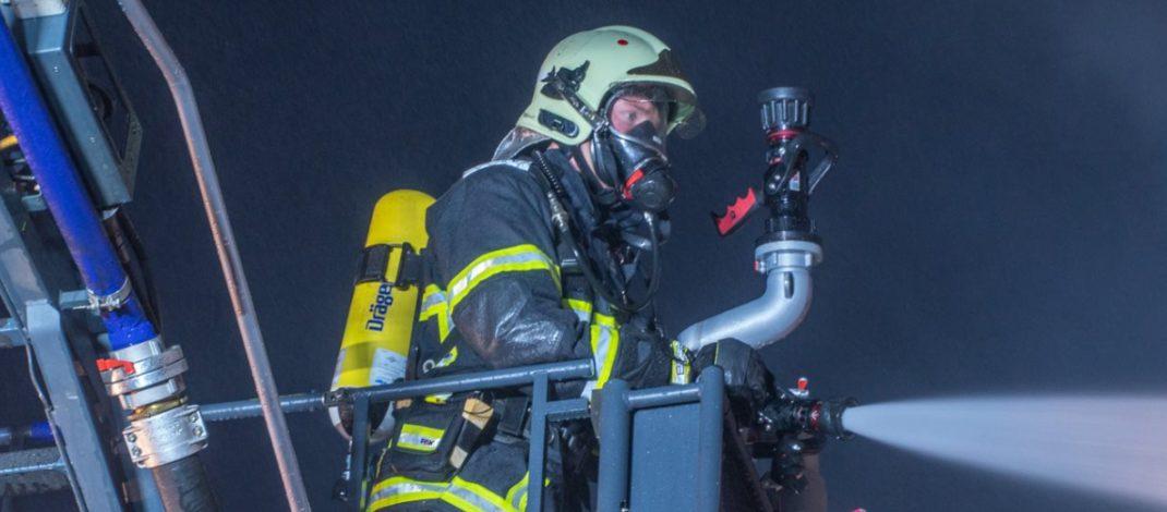Dachstuhl brennt im Unstrut-Hainich-Kreis: Whirlpool ursächlich?
