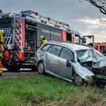 Kurz eingenickt: Auto kommt bei Erfurt von der Straße ab und überschlägt sich