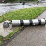 Vorfahrt missachtet: Blitzersäule in Erfurt wird bei Unfall zerstört