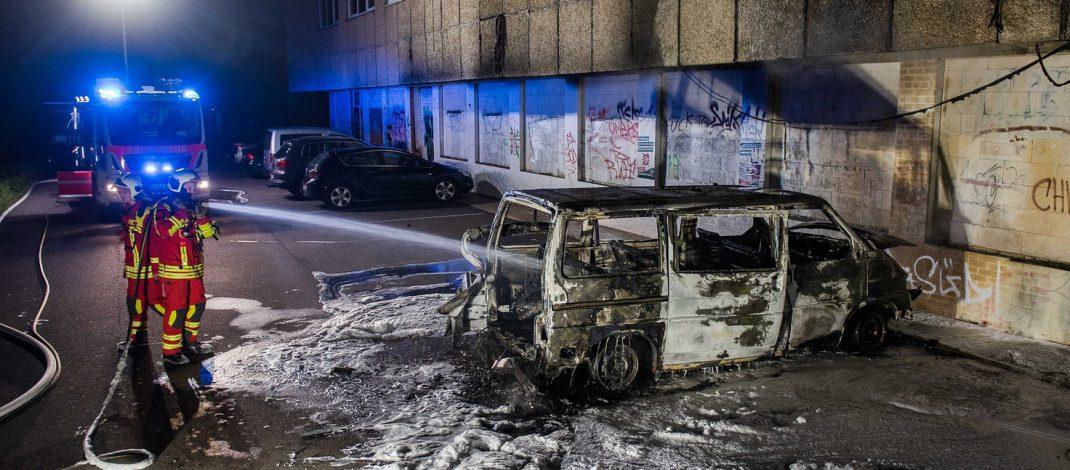 Brandanschlag auf Parteitransporter in Erfurt – Staatsschutz ermittelt