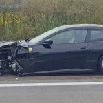 LKW fährt einfach rüber: Zwei Wochen alter Ferrari bei Nordhausen nur noch Schrott