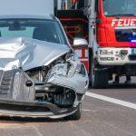 PKW kracht in LKW auf der A4 - Autobahn zeitweise voll gesperrt