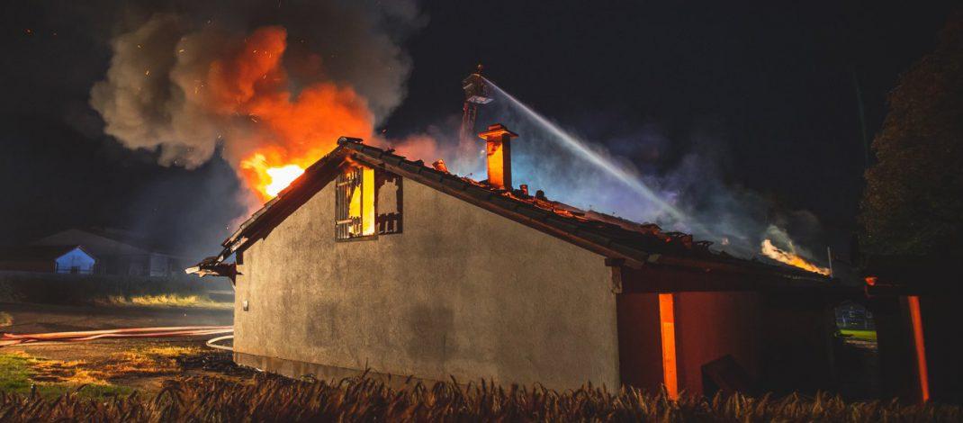 Sportlerheim in Ostthüringen abgebrannt: Polizei sucht dringend Zeugen