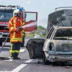 PKW brennt auf A4 bei Magdala völlig aus - Vom Fahrer fehlt jede Spur