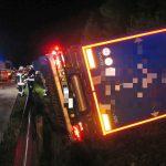 Sattelzug auf A71 bei Suhl umgestürzt - Sekundenschlaf ursächlich