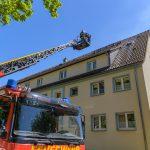 Balkonbrand auf Dachstuhl übergegriffen: Hoher Schaden bei Brand in Weimar