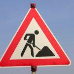 Polier landet nach Streit in Baugrube: Zwei Arbeiter auf Baustelle in Gotha verletzt