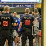 Erfurt-Hools gehen auf Jena-Fans los und verletzen sie - Auch Einsatz in Weimar