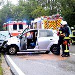 Vier Verletzte nach Unfall auf regennasser Straße bei Geisleden