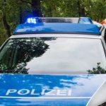 Gegen Wasserlauf geprallt und überschlagen: Fahrer bei Tautenhain schwer verletzt