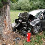 Mit Auto gegen Baum gefahren: Mann bei Schleusingen verletzt