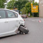 Kurz abgelenkt: Transporter fährt in Bad Berka in den Gegenverkehr
