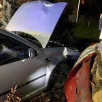 Betrunkene Autofahrerin nach Unfall in Teistungen im Auto eingeschlossen