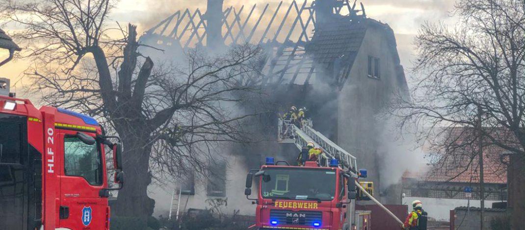 Wohnhaus im Ilm-Kreis abgebrannt: Mann kann sich nicht retten und stirbt