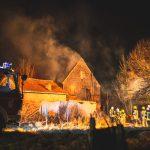 Scheune im Landkreis Greiz abgebrannt: Übergriff auf Vierseitenhof abgewendet