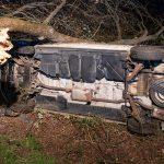 Unfall bei Weimar unter Alkoholeinfluss: Transporter kommt von Fahrbahn ab