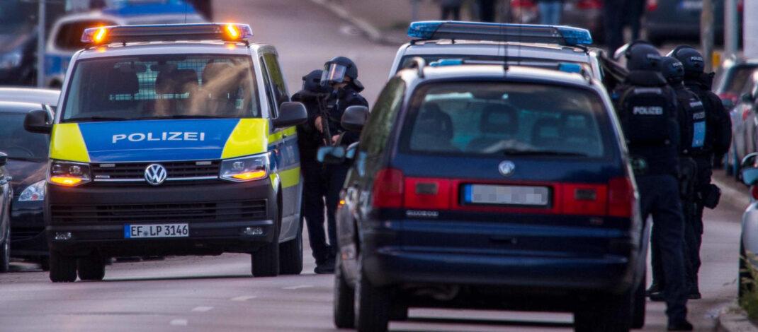 Anwohner hörten Schüsse: Großer Polizeieinsatz nahe Gutenberg in Erfurt