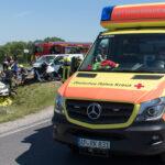 Unfall bei Apolda: Feuerwehr muss eingeklemmten Schwerverletzten retten