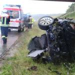 Abflug von der A9 bei Starkregen: Autofahrer nahe Schleiz schwer verletzt