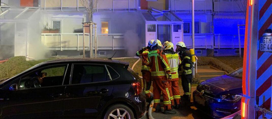Kellerbrand in Gothaer Mehrfamilienhaus sorgt für Großeinsatz der Rettungskräfte