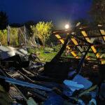 Gartenlaube in Riethnordhausen in die Luft geflogen: Drei Wehren im Einsatz