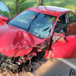 Auto kracht in den Gegenverkehr: Zwei Schwerverletzte im Landkreis Greiz