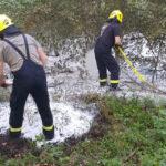 Waldbrand in Pößneck erfordert Wasserversorgung aus einem Teich