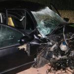 Junger Autofahrer kracht bei Schleiz gegen Baum - Er war nicht angeschnallt